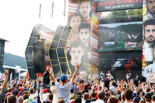 Spa Francorchamps, Belgium.  Saturday 26 August 2017. Lance Stroll, Williams Martini Racing, fires a t-shirt cannon on stage in the F1 Fanzone. World Copyright: Sam Bloxham/LAT Images  ref: Digital Image _J6I9218