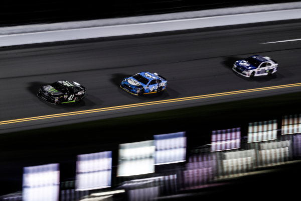 2017 NASCAR Cup - Clash at Daytona Daytona International Speedway, Daytona, FL USA Friday 17 February 2017 Kurt Busch, Kevin Harvick, Alex Bowman World Copyright: Michael L. Levitt/LAT Images ref: Digital Image _AT_6236