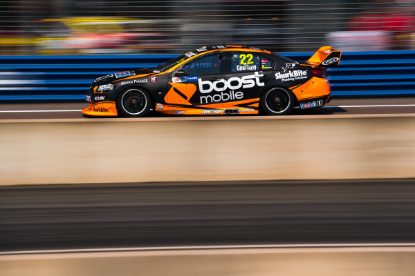 2017 Supercars Championship Round 6.  Darwin Triple Crown, Hidden Valley Raceway, Northern Territory, Australia. Friday June 16th to Sunday June 18th 2017. James Courtney drives the #22 Mobil 1 HSV Racing Holden Commodore VF. World Copyright: Daniel Kalisz/LAT Images Ref: Digital Image 160617_VASCR6_DKIMG_1038.JPG