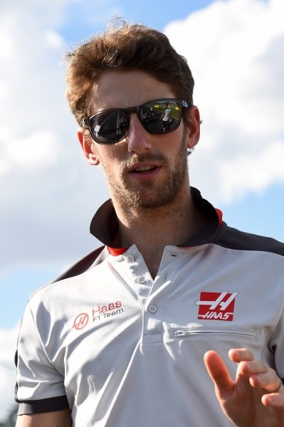 Romain Grosjean (FRA) Haas F1 walks the track at Formula One World Championship, Rd1, Australian Grand Prix, Preparations, Albert Park, Melbourne, Australia, Wednesday 16 March 2016.
