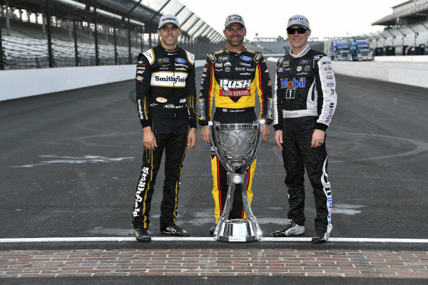 #10: Aric Almirola, Stewart-Haas Racing, Ford Mustang Smithfield / Meijer, #14: Clint Bowyer, Stewart-Haas Racing, Ford Mustang Rush / Cummins and #4: Kevin Harvick, Stewart-Haas Racing, Ford Mustang Mobil 1
