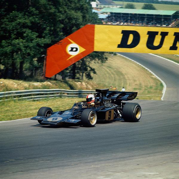 1972 British Grand Prix.Brands Hatch, England.13-15 July 1972.Dave Walker (Lotus 72D Ford).Ref-72 GB MF01.World Copyright - LAT Photographic