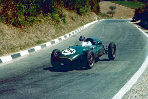 1957 Pescara Grand Prix.Pescara, Italy.16-18 August 1957. Jack Brabham (Cooper T43 Climax) 7th position.Ref-57 PES 06.World Copyright - LAT Photographic