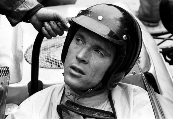 Dan Gurney (USA) Porsche 804 retired with gearbox problems. Dutch Grand Prix, Zandvoort, 20 May 1962.
