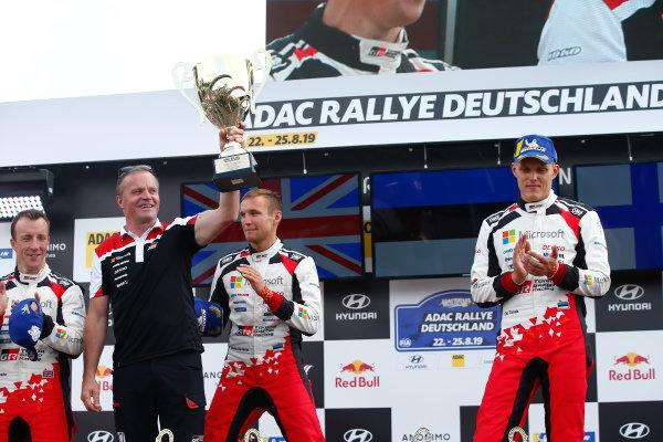 Tommi Makinen (FIN), Ott Tänak (EST), Toyota Gazoo Racing WRT, Toyota Yaris WRC 2019