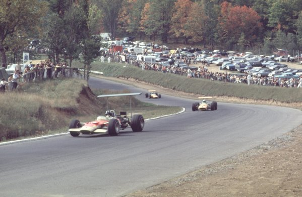 1968 Canadian Grand Prix.Mont-Tremblant, (St. Jovite), Quebec, Canada.20-22 September 1968.Graham Hill (Lotus 49B Ford) leads Denny Hulme and Bruce McLaren (both McLaren M7A Ford). They finished in 4th, 1st and 2nd positions respectively.Ref-68 CAN 04.World Copyright - LAT Photographic