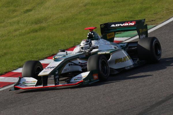 2016 Japanese Super Formula. Suzuka, Japan. 29th - 30th October 2016. Rd 7. Race 2 - 2nd position Andre Lotterer ( #36 VANTELIN KOWA TOM?S SF14) action. World Copyright : Yasushi Ishihara / LAT Photographic. Ref : 2016SF_Rd7_SUZUKA_027