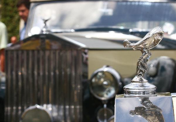Goodwood, England. 3rd July 2009.  Rolls Royce mascot detail.  World Copyright: Daniel R.Hutton/LAT  Photographic Ref: Digital Image IMG_8352a