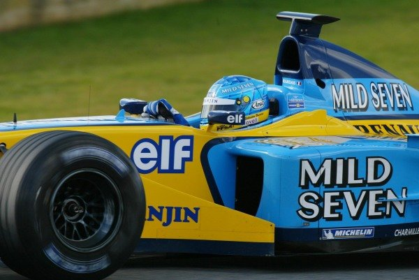 Sebastien Bourdais (FRA) tests the Renault R202 for the first time.Formula One Testing , 12 - 15 December 2002Jerez, Spain.DIGITAL IMAGE