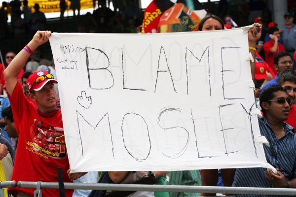 Fans apportion the blame to Max Mosley, president of the FIA.Formula One World Championship, Rd 9, United States Grand Prix, Race, Indianapolis, USA, 19 June 2005.DIGITAL IMAGE