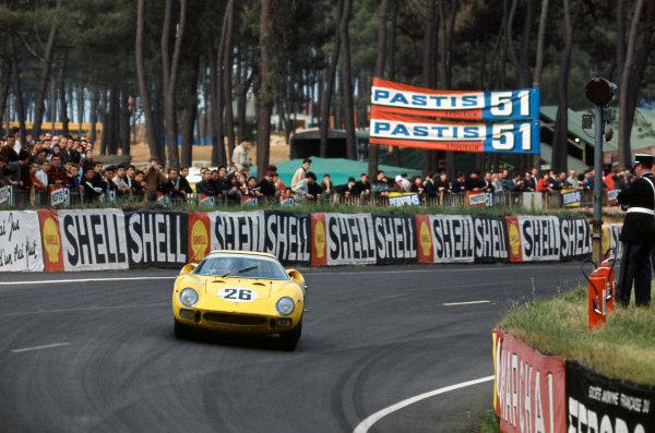 Le Mans, France. 19 - 20 June 1965. Pierre Dumay/Gustave Gosselin (Ferrari 250LM), 2nd position, action. World Copyright: LAT Photographic Ref: 65LM01
