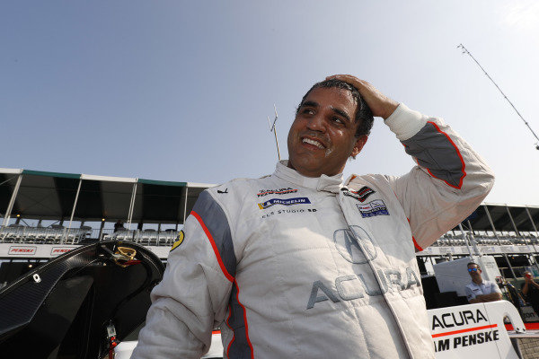 Motul Pole Award winner #6 Acura Team Penske Acura DPi, DPi: Juan Pablo Montoya
