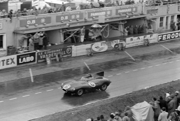 Mike Hawthorn / Ivor Bueb, Jaguar Cars, Jaguar D-type.