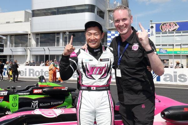 Round 8. Winner Yoshiaki Katayama, YTB by Carlin, Dallara F315 Volkswagen. Photo by Masahide Kamio