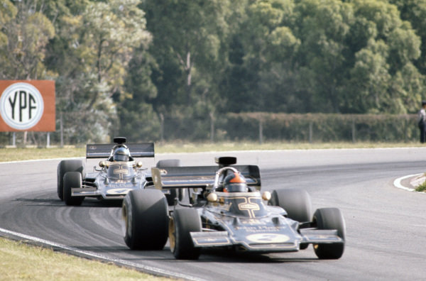 Emerson Fittipaldi, Lotus 72D Ford leads Ronnie Peterson, Lotus 72D Ford.