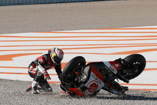 Takaaki Nakagami, Team LCR Honda crash.