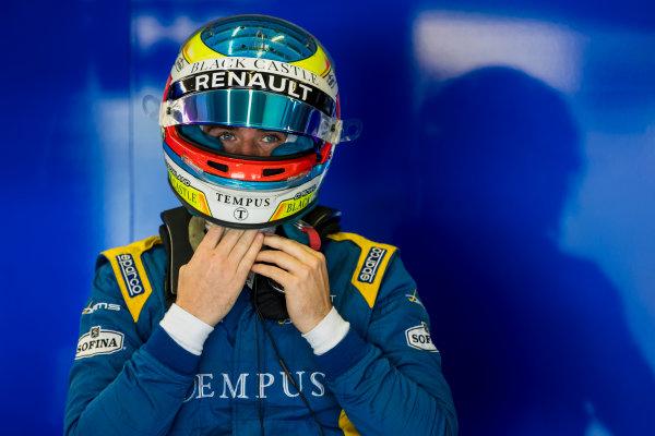 2017 FIA Formula 2 Round 10. Circuito de Jerez, Jerez, Spain. Saturday 7 October 2017. Oliver Rowland (GBR, DAMS).  Photo: Zak Mauger/FIA Formula 2. ref: Digital Image _56I6012