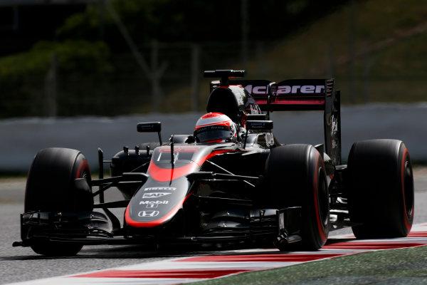Circuit de Catalunya, Barcelona, Spain. Wednesday 13 May 2015. Jenson Button, McLaren MP4-30 Honda.  World Copyright: Alastair Staley/LAT Photographic. ref: Digital Image _79P5203