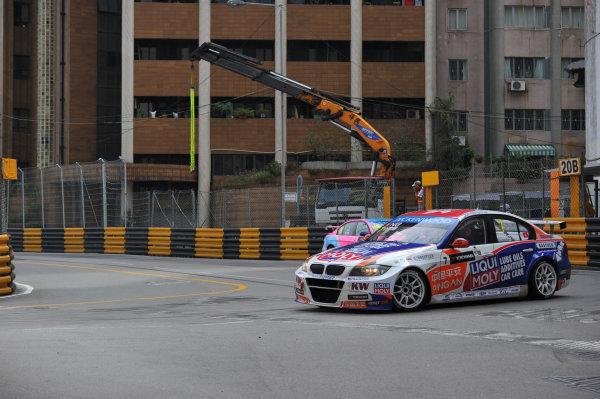 2013 World Touring Car Championship. Round 12 - Circuit de Guia, Macau, China. Sunday 17 November 2013. Race1, Ng Ka Ki (HKG) BMW E90 320 TC, Liqui Moly Team Engstler . World Copyright: XPB Images / LAT Photographic. ref: Digital Image PHOTO4_560485