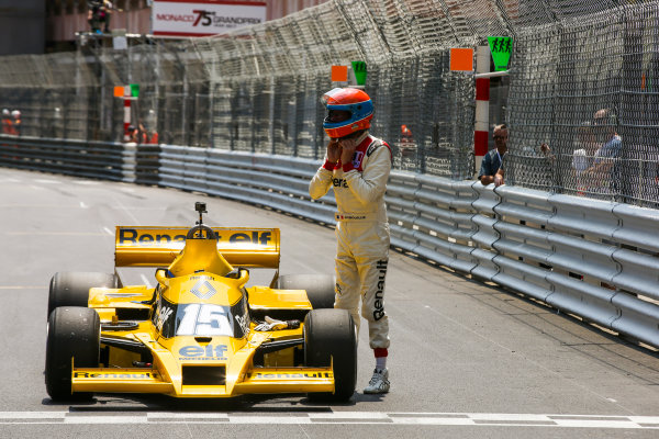 Monte Carlo, Monaco. Friday 26 May 2017. Jean-Pierre Jabouille, Renault RS01. World Copyright: Charles Coates/LAT Images ref: Digital Image DJ5R7636