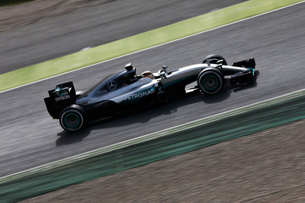 Circuit de Catalunya, Barcelona, Spain Monday 22 February 2016. Lewis Hamilton, Mercedes F1 W07 Hybrid. World Copyright: Alastair Staley/LAT Photographic ref: Digital Image _79P9553