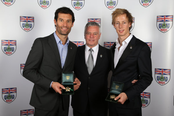 2015 British Racing Drivers Club Awards Grand Connaught Rooms, London Monday 7th December 2015 Mark Webber and Brendon Hartley, celebrate the Special Gold Star awards with Derek Warwick. World Copyright: Jakob Ebrey/LAT Photographic ref: Digital Image WebberHartleyGoldStars-01