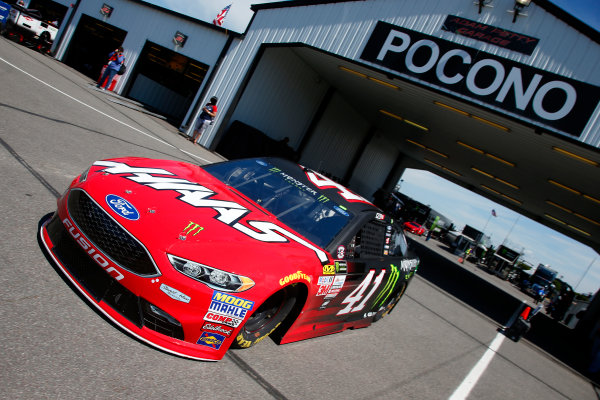 Monster Energy NASCAR Cup Series AXALTA presents the Pocono 400 Pocono Raceway, Long Pond, PA USA Friday 9 June 2017 Kurt Busch, Stewart-Haas Racing, Haas-Automation Ford Fusion World Copyright: Lesley Ann Miller LAT Images ref: Digital Image lam_170609POC10163