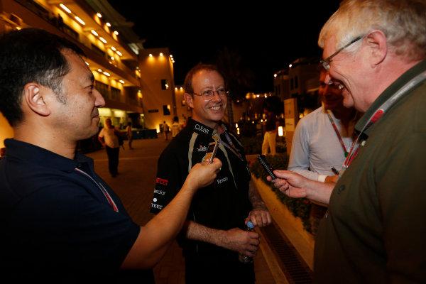 Yas Marina Circuit, Abu Dhabi, United Arab Emirates Sunday 4th November 2012. The Lotus team celebrate victory. World Copyright: Andrew Ferraro/  ref: Digital Image _79P4001