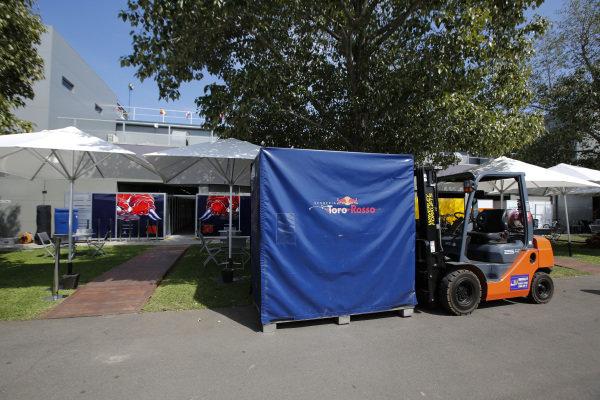 Red Bull Racing freight at Formula One World Championship, Rd1, Australian Grand Prix, Preparations, Albert Park, Melbourne, Australia, Wednesday 16 March 2016.