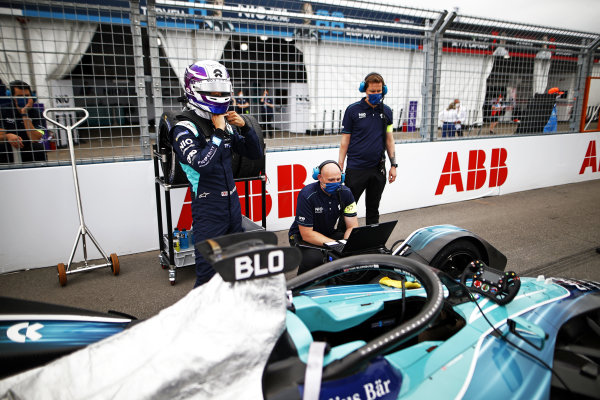 Tom Blomqvist (GBR), NIO 333, on the grid