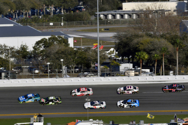 #42: Kyle Larson, Chip Ganassi Racing, Chevrolet Camaro AdventHealth and #9: Chase Elliott, Hendrick Motorsports, Chevrolet Camaro Mountain Dew Zero Sugar wreck