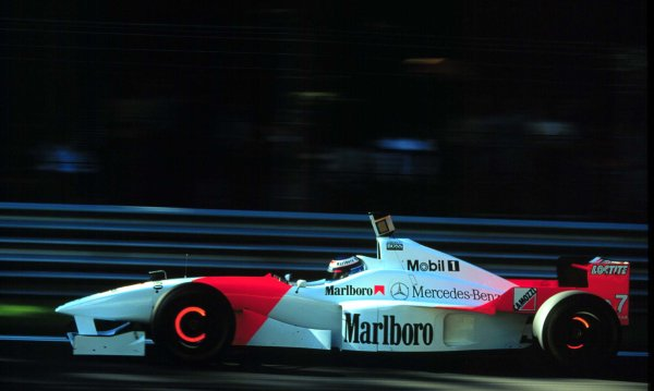 1996 Italian Grand Prix.Monza, Italy.6-8 September 1996.Mika Hakkinen (McLaren MP4/11 Mercedes-Benz) 3rd position.World Copyright - LAT Photographic