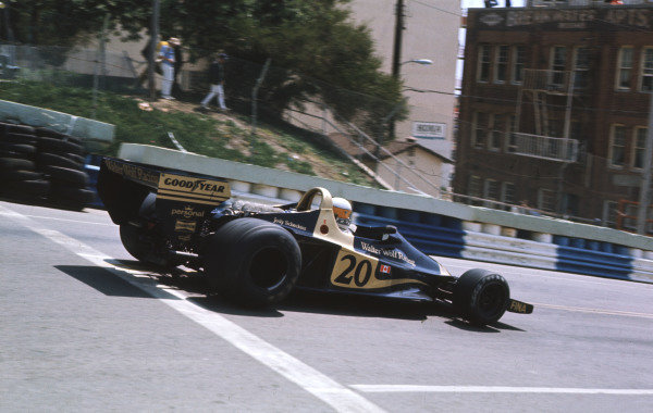 1977 United States Grand Prix West.Long Beach, California, USA.1-3 April 1977.Jody Scheckter (Wolf WR1 Ford) 3rd position.Ref-77 LB 10.World Copyright - LAT Photographic