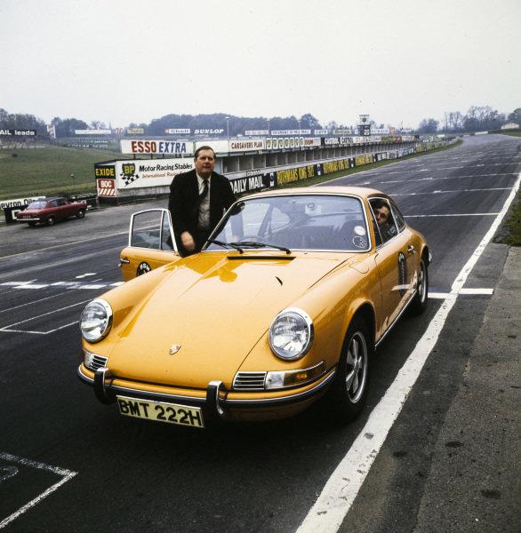 Porsche 911 at Brands Hatch