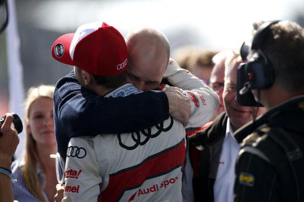 Dennis Rostek with René Rast, Audi Sport Team Rosberg.