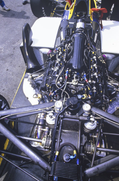 Engine and suspension detail on the Williams FW11B Honda.