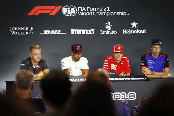 Kevin Magnussen, Haas F1 Team,Lewis Hamilton, Mercedes AMG F1, Kimi Raikkonen, Ferrari, andBrendon Hartley, Scuderia Toro Rosso, in the press conference.