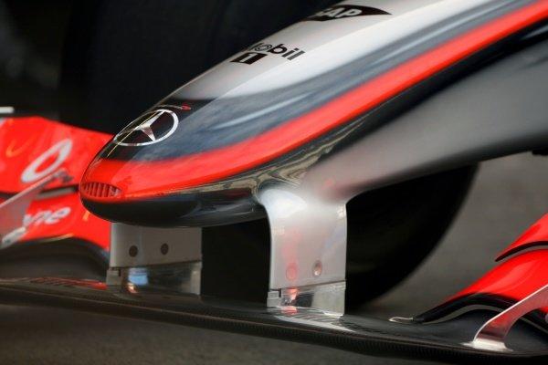 McLaren 2009 front wing detail. Formula One Testing, Day Three, Algarve Motor Park, Portimao, Portugal, 17 December 2008.