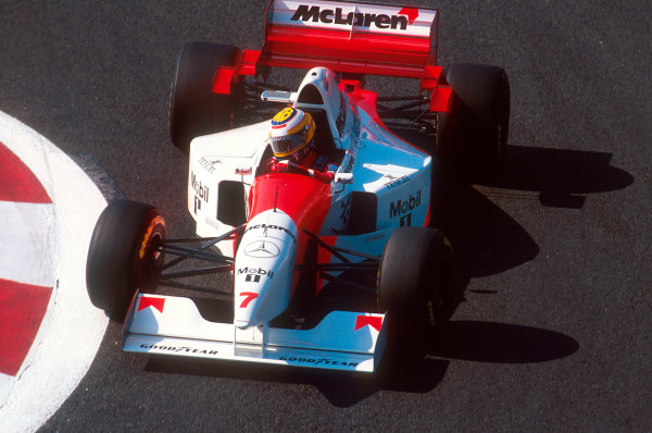 Magny-Cours, France.30/6-2/7 1995.Mark Blundell (McLaren MP4/10B Mercedes) 11th position.Ref-95 FRA 08.World Copyright - LAT Photographic