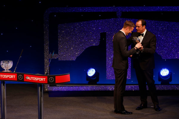 2016 Autosport Awards. Grosvenor House Hotel, Park Lane, London. Sunday 4 December 2016. Gordon Shedden receives the National Driver of the Year award from Alan Gow.  World Copyright: /LAT Photographic. ref: Digital Image _14P9344