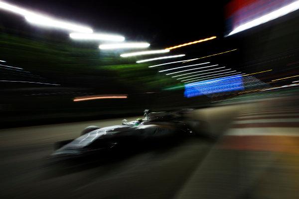 Marina Bay Circuit, Marina Bay, Singapore. Friday 16 September 2016. Nico Hulkenberg, Force India VJM09 Mercedes. World Copyright: Sam Bloxham/LAT Photographic ref: Digital Image _SBB1508