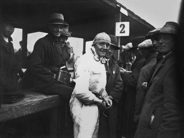 Brooklands, Great Britain. 1st October 1927. Robert Benoist (Delage 15S8) 1st position, portrait.  World Copyright: LAT Photographic.  Ref:  Autocar Glass Plate A8712.
