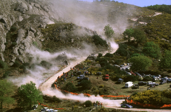 FIA World Rally ChampionshipPortuguese Rally, Porto, Portugal.16-19th March 2000.Richard Burns and Robert Reid, Subaru in the lead.World - LAT PhotographicTel: +44 (0) 181 251 3000Fax: +44 (0) 181 251 3001e-mail: latdig@dial.pipex com