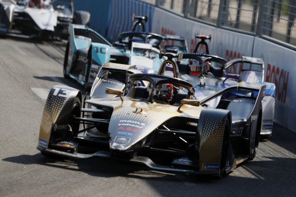 Antonio Felix da Costa (PRT), DS Techeetah, DS E-Tense FE21, leads Jake Dennis (GBR), BMW I Andretti Motorsport, BMW iFE.21, and Sam Bird (GBR), Jaguar Racing, Jaguar I-TYPE 5