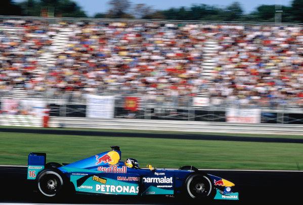 2000 Italian Grand Prix.Monza, Italy. 8-10 September 2000.Pedro Diniz (Sauber C19 Petronas) 8th position.Ref-2K ITA 77.World Copyright - Gavin Lawrence/LAT Photographic