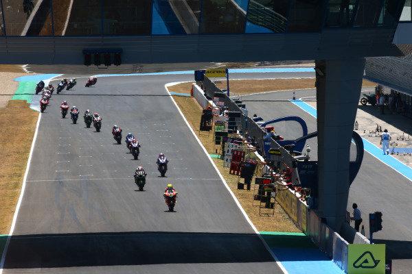 Alvaro Bautista, Aruba.it Racing-Ducati Team leads from lap 1