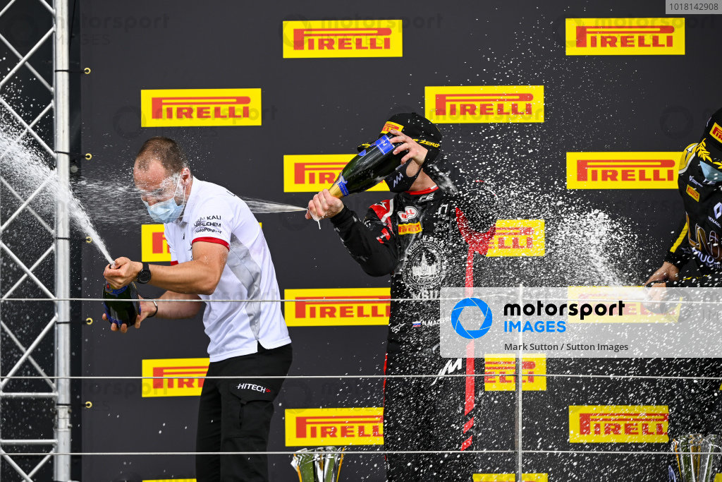 Nikita Mazepin (RUS, HITECH GRAND PRIX), 1st position, sprays the victory Champagne with his team mate