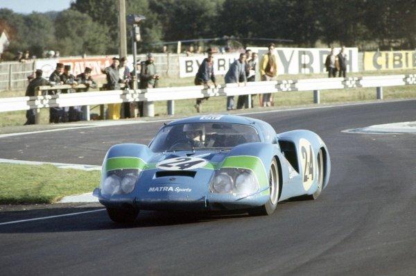 1968 Le Mans 24 hours. Le Mans, France. 28-29 September 1968. Henri Pescarolo/Johnny Servoz-Gavin (Matra MS630), retired. World Copyright: LAT Photographic Ref: 68LM29