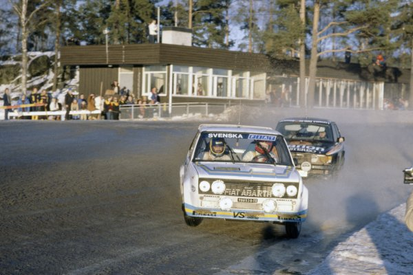 1980 World Rally Championship.Swedish Rally, Sweden. 15-17 February 1980.Bjorn Waldegaard/Hans Thorszelius (Fiat 131 Abarth) leads Stig Blomqvist/Bjorn Cederberg (SAAB 99 Turbo). They finished in 3rd and 2nd position respectively.World Copyright: LAT PhotographicRef: 35mm transparency 80RALLY12