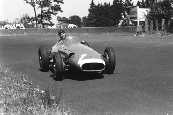 Nurburgring, Germany. 4 August 1957.Juan Manuel Fangio (Maserati 250F), 1st position, action.World Copyright: LAT PhotographicRef: b&w print